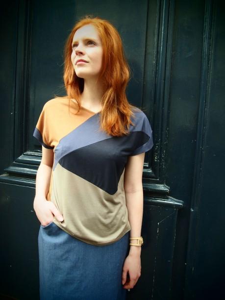 alix-en-t-shirt-tri-colors